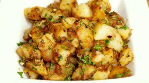 Chatpate Aloo (Spicy Stir-Fry Potatoes) Recipe by Manjula