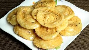 Chiroti (Khaja) Recipe by Manjula