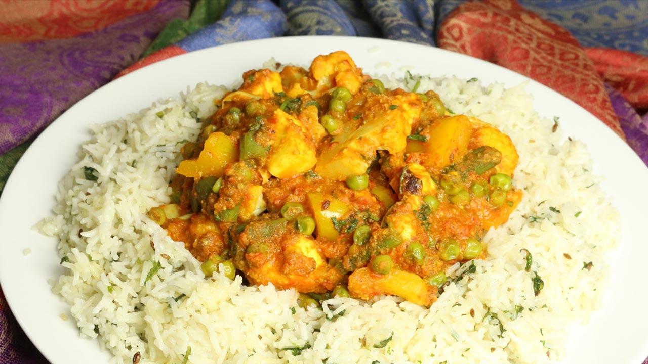 Hyderabadi Biryani (Vegetable Pulao) Recipe by Manjula