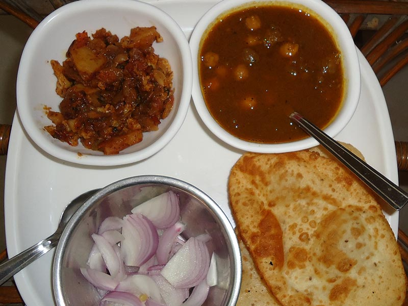 Chole Bhature Recipe by Kanu