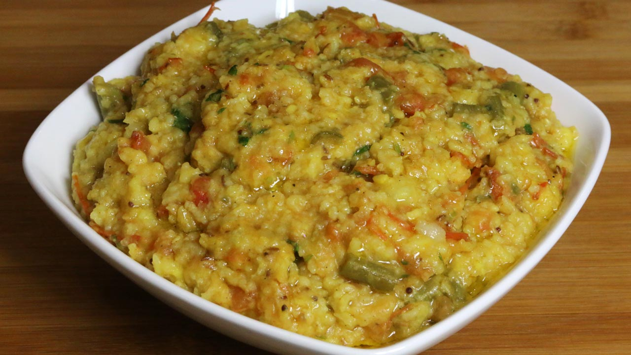 Masala Khichdi - Rice and Moong Dal Recipe by Manjula