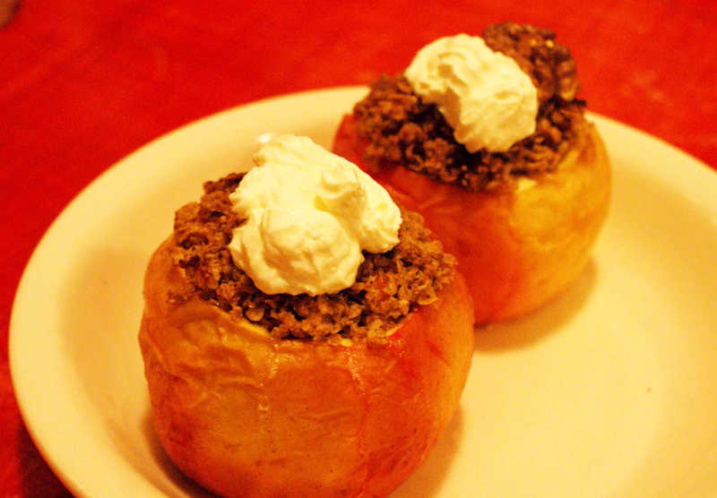 Baked apples filled with Cinnamon Muesli Recipe by Rangadevi dasi