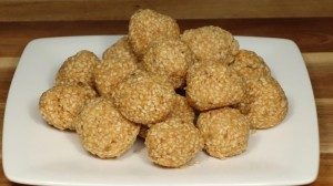 Til Ka Ladoo (Sesame Candy) Recipe by Manjula