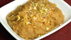 Atta Ka Halwa (Wheat Flour Halwa)