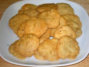 Mathri (Salted Crackers)