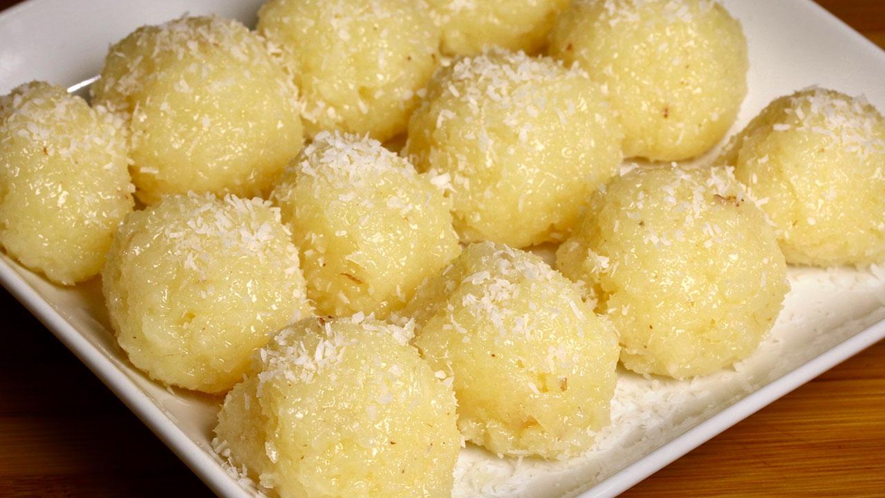 Nariyal Ka Ladoo - Coconut Ladoo