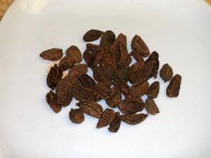 Black Cardamom (kali elaichi)